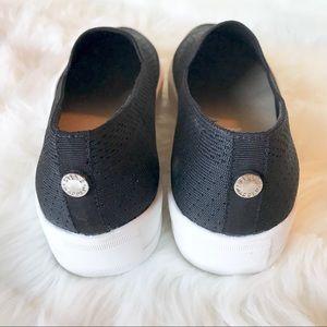 0bf531d9336 Steve Madden Shoes - Steve Madden Gopi Black Flyknit